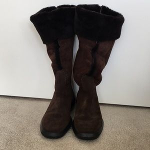Tod's Brown Shearing Boots